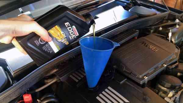 Tagliando auto anche nuove in garanzia